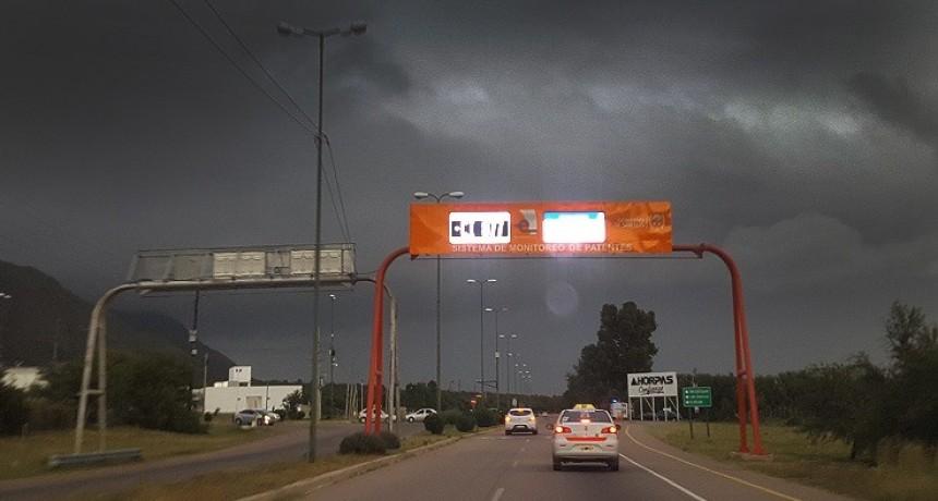 Alerta por tormentas fuertes para Pringles, Pedernera, San Martín y Chacabuco