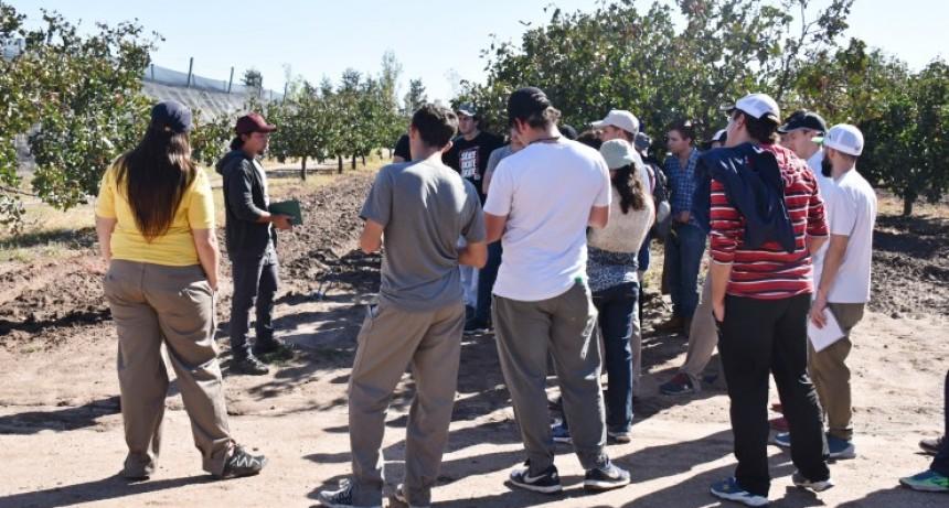 Más de 400 estudiantes visitaron el predio de Sol Puntano
