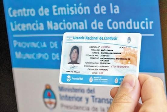 El trámite del carnet de conducir se realiza exclusivamente en oficinas municipales