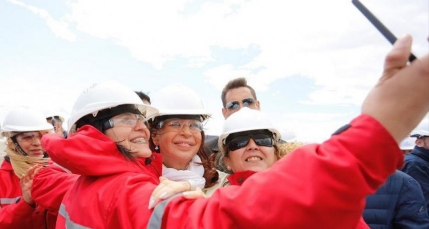 Cristina visitó la represa Néstor Kirchner en Santa Cruz