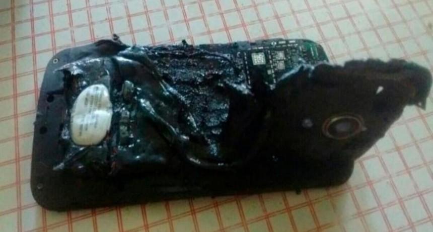 Por qué puede explotar una batería y cómo evitar que tu celular se prenda fuego