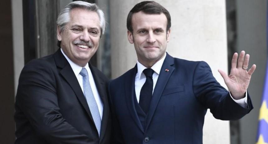 """Apoyo de Emmanuel Macron a Alberto Fernández: """"Francia lo acompañará y se movilizará con el FMI para ayudar a la Argentina"""""""