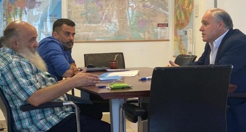 Más de mil beneficiarios de planes sociales refaccionarán escuelas