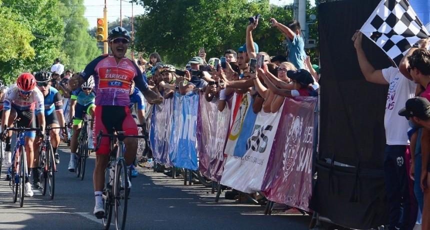 El puntano Mauricio Quiroga ganó la 2ª etapa y Fredes sigue al frente en la general