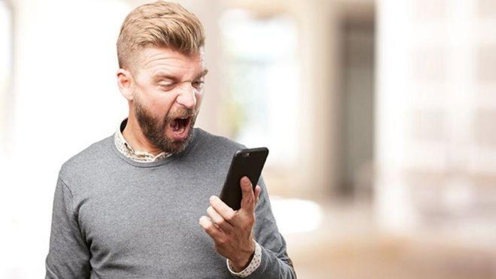 Whatsapp del colegio de su hijo tras enviar mensaje