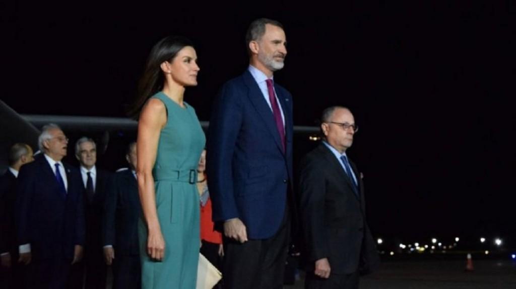 Por el papelón con los reyes de España, presentó la renuncia el jefe de Ceremonial de Cancillería