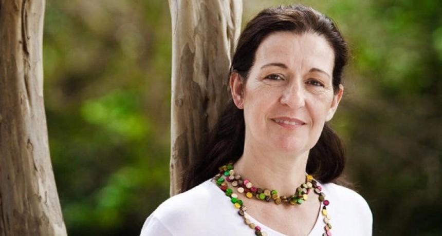 La sucursal de CREDICOP  San Luis homenajea a la escritora Liliana Bodoc