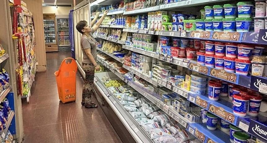 Economistas recomiendan almacenar alimentos y desendeudarse