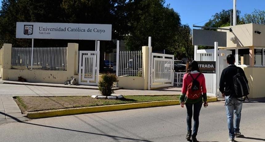 Los alumnos de la UCCuyo se manifestaron