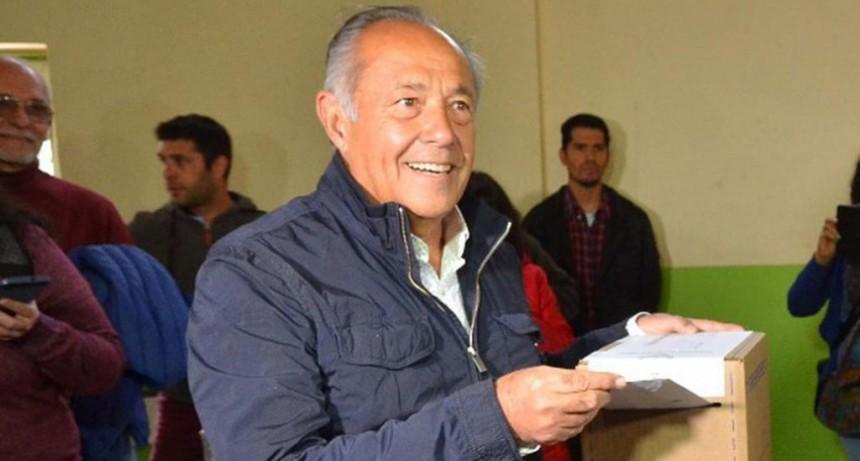 Adolfo Rodríguez Saá se toma licencia en el Senado para dedicarse a la campaña