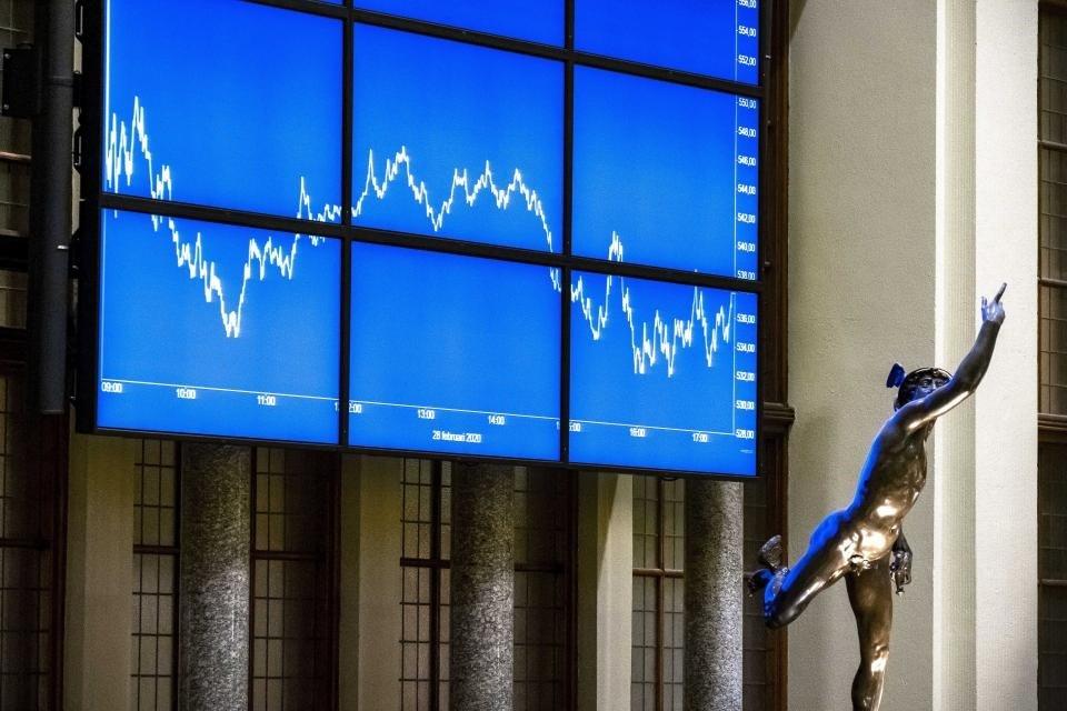 Jueves negro en los mercados: Wall Street, las bolsas de Europa y el petróleo sufren fuertes bajas