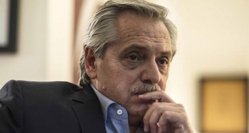 """Alberto Fernández y Gabriel Katopodis firmaron convenios del plan """"Argentina Hace"""" con 343 intendentes"""