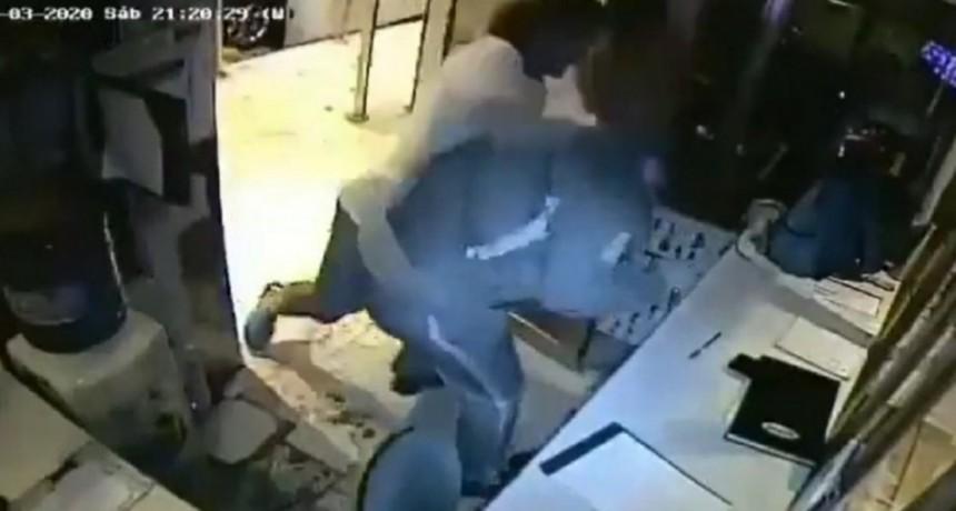 Vicente López: un guardia fue agredido por un inquilino que no respetó la cuarentena por coronavirus