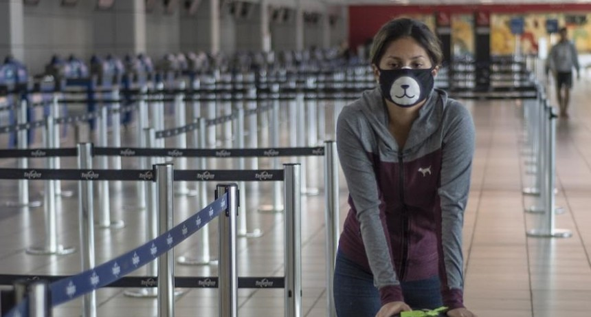 Coronavirus: el Gobierno sumó a Brasil y Chile como zonas de riesgo