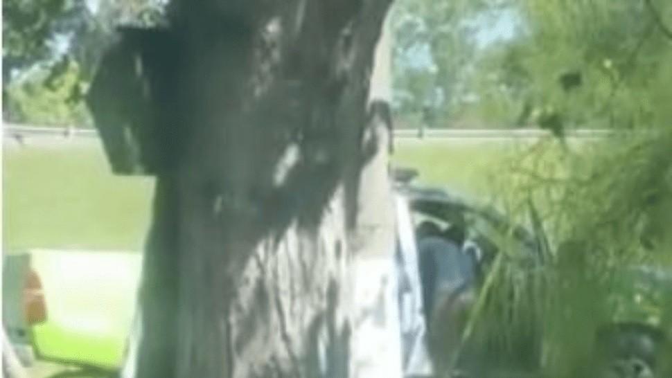 ¡In fraganti!: graban a policía teniendo sexo en un patrullero