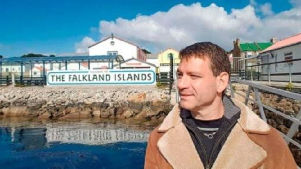 Pagó 50 lucas de multa porque quiso llevarse un recuerdo de Malvinas