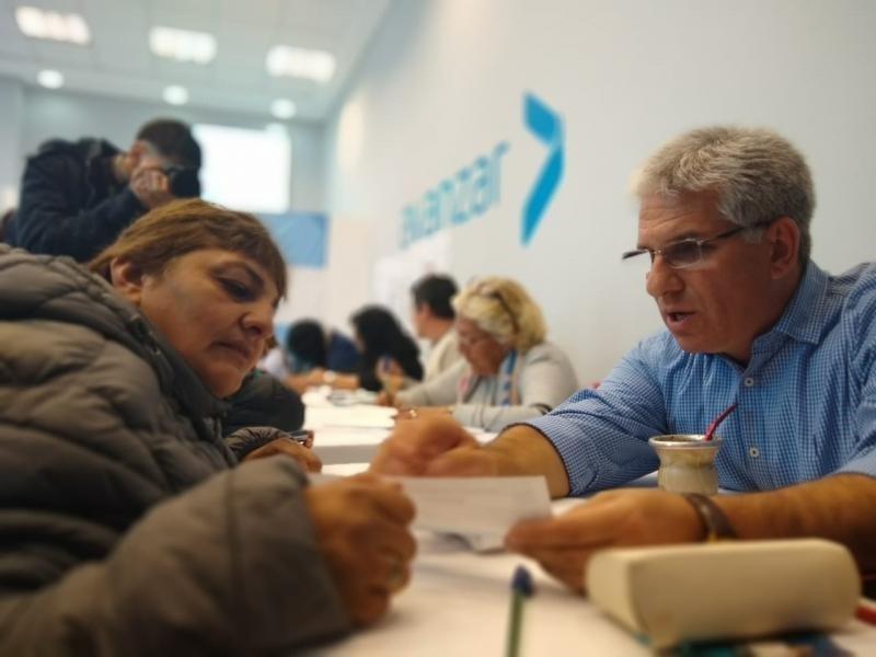 Miles de sanluiseños se inscriben al plan de viviendas propuesto por Poggi