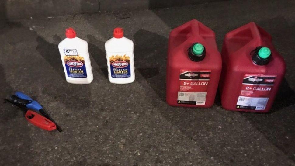 Nueva York: un hombre entró a la Catedral de San Patricio con dos bidones de nafta
