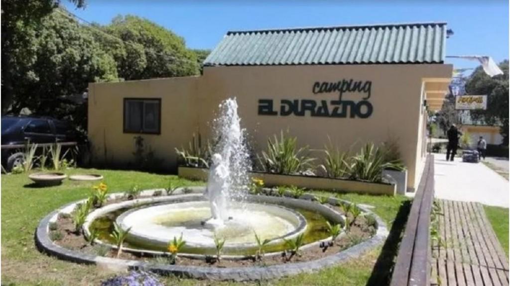 Otorgaron prisión domiciliaria a tres de los acusados de violar a una chica en un camping de Miramar