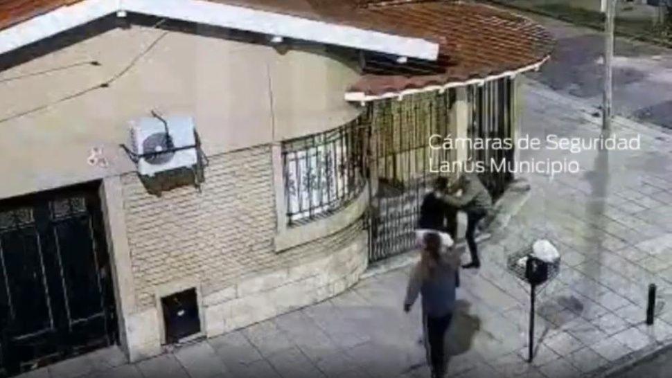 Los detuvieron por querer robar una casa y los largaron a la hora