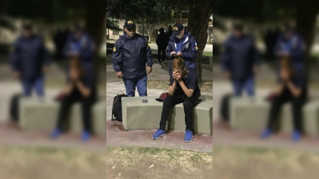 Atraparon al autor de las amenazas de bomba falsas en Constitución: tiene 16 años