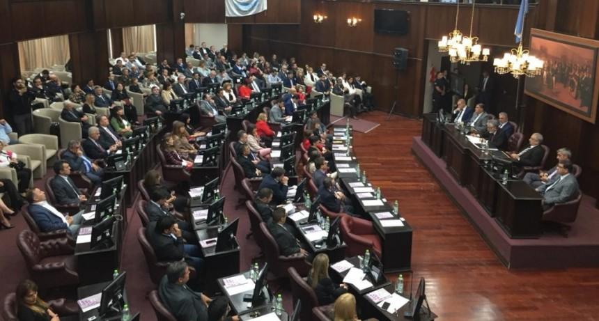 El gobernador abrió las sesiones de la Legislatura