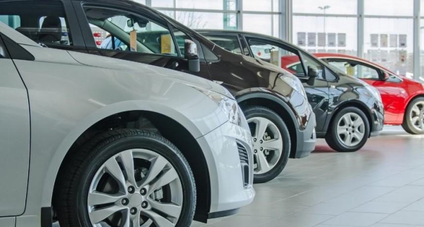 El patentamiento de autos cayó un 54,5% en marzo: es el peor primer trimestre desde 2006