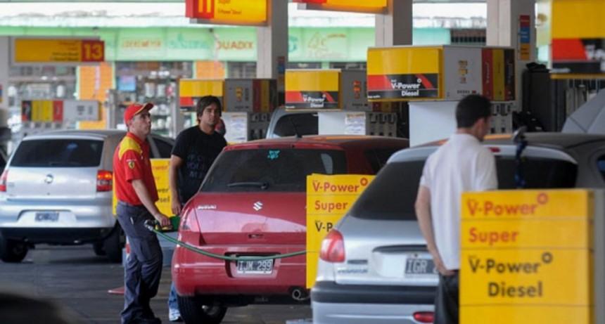 Tras haber subido sus naftas un 9,5% el sábado Shell retrotrae sus precios un 4,5%