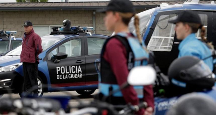 Detuvieron a un abusador sexual cuando fue a la cancha a ver Vélez-Lanús