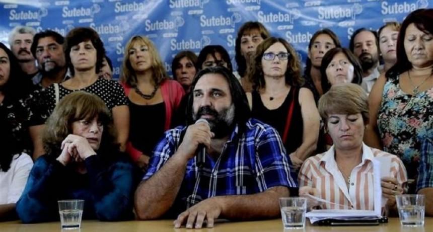 Suteba aceptará el acuerdo paritario si anulan los sumarios y devuelven los descuentos
