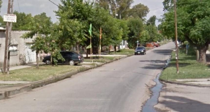 Delincuentes acribillaron a tiros a vigilador privado para robarle la moto