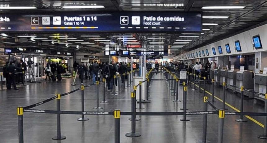 Los aeronáuticos de APLA se pliegan al paro de transporte del 30 de abril