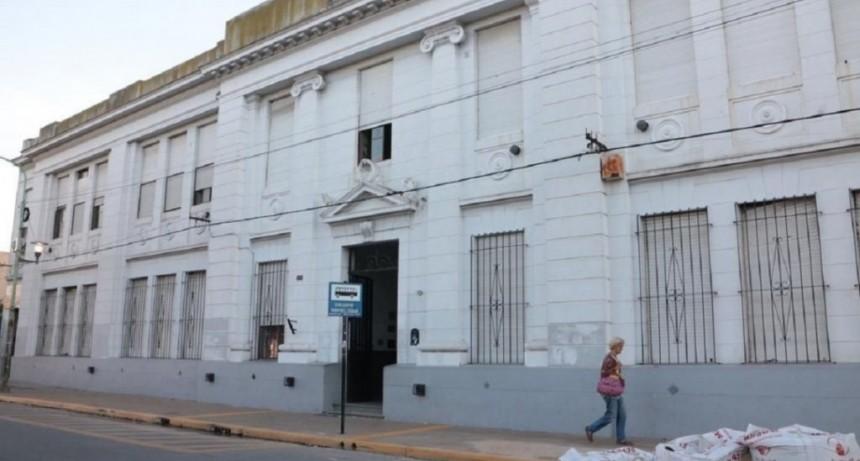 La Plata: acusan a una maestra de