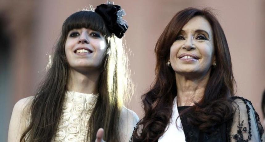 Cristina viaja a Cuba a visitar a su hija Florencia