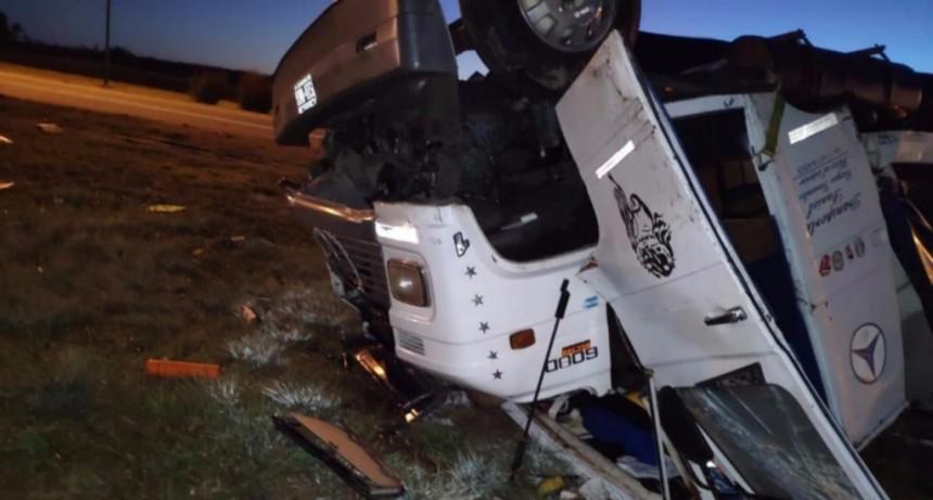 San Luis: un camión chocó y se dio vuelta