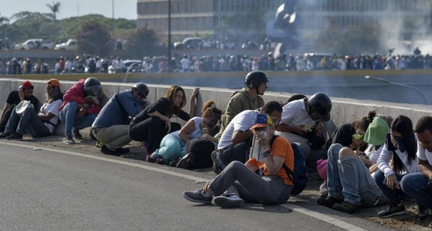Venezuela: Incidentes y enfrentamientos en la base aérea La Carlota