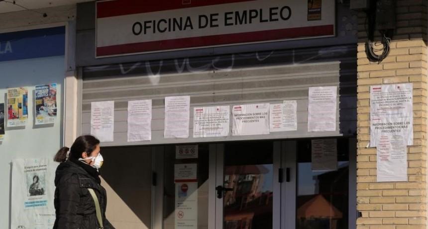 España pierde 900 mil empleos en un mes y supera los 10.000 muertos