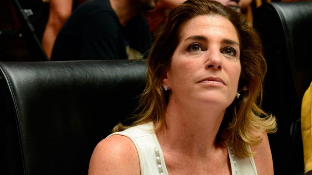 Débora Pérez Volpin: el endoscopio fue adulterado y no era apto