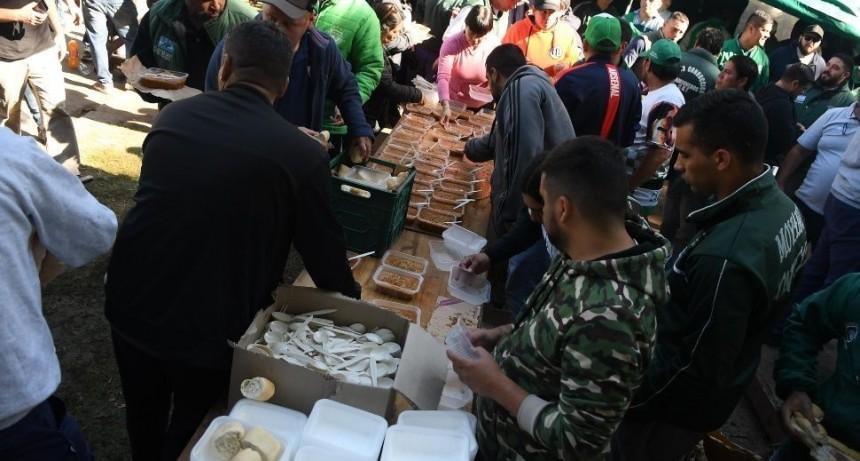 Marchas, cortes y más de 300 ollas populares contra el ajuste y el hambre