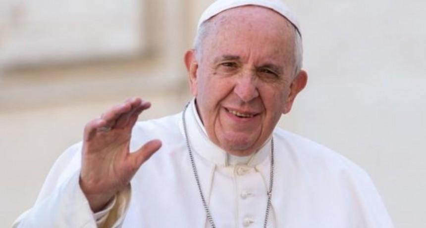 Francisco expresó a obispos argentinos su deseo de visitar el país