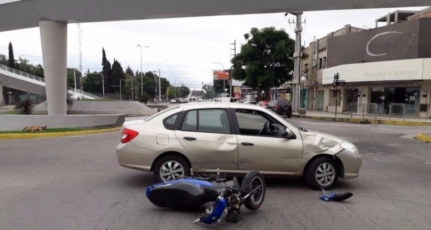 San Luis: un motociclista resulto herido luego de un choque en el cruce de las avenidas Illia y Lafinur