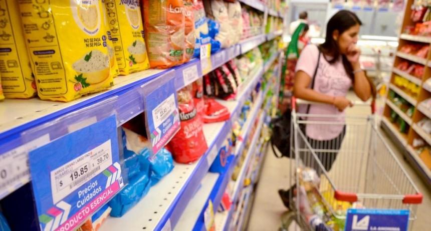El Gobierno renovó el plan Precios Cuidados por cuatro meses y con aumentos