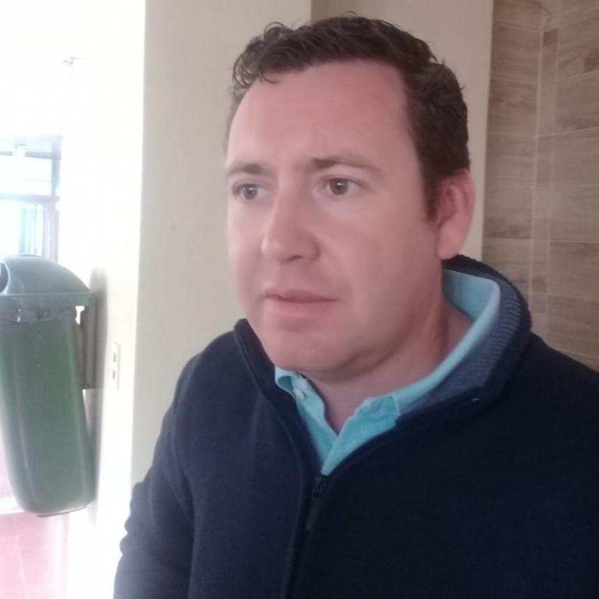 Sigue la polémica: Piñeyro pidió la renuncia de Petrino