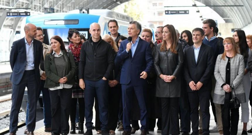 El presidente de la ADIF desmintió a Macri sobre la renovación de los trenes