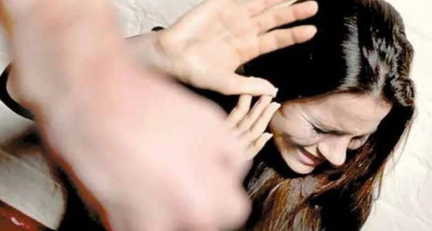 Policía golpeó a su mujer hasta dejarla inconsciente