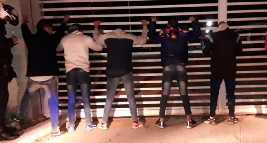 El Chorrillo: demoraron a 5 jóvenes que golpearon a otro