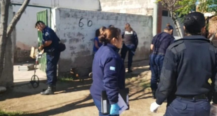 San Luis: efectivos policiales intentaron controlar un disturbio y fueron agredidos