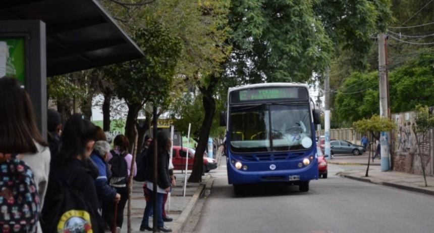 Transpuntano: importante reunión en UTA para definir el futuro del servicio