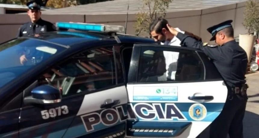 El curioso perfil en Facebook del detenido en Casa Rosada