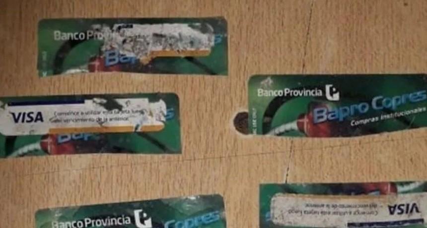 Mafia de las tarjetas de débito: le robaron millones de pesos al gobierno provincial